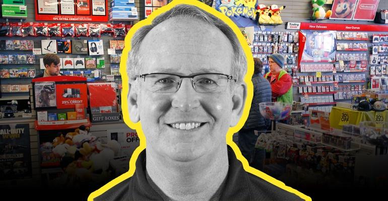 El CEO de GameStop, George Sherman, se retirará a fines de julio.